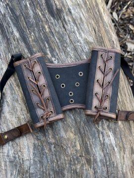 Doppel-Schwerthalter schwarz/braun