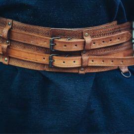 Wikingergürtel mit Prägung cognacbraun 120 cm
