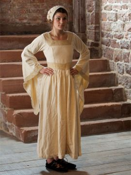 Kleid Burgund in creme