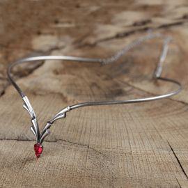 Tiara Diadem mit rotem Stein