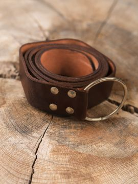 Stabiler Ringgürtel aus braunem Leder