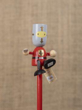 Bleistift mit Figur Roter Ritter