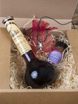"""Geschenkbox """"Liebesgrüße"""" mit Runen-Anhänger"""