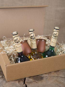 Geschenkbox mit 3 Elixierflaschen und zwei Tonbechern