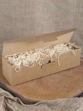 Geschenkbox mit Holzwolle lang