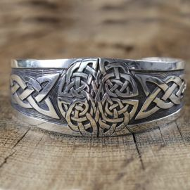Breiter Armreif Keltischer Knoten