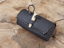 Gürteltasche mit Holzverschluss - schwarz