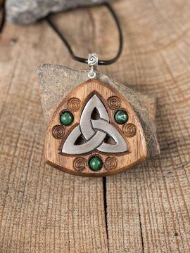 Amulett Triquetra mit Malachitperlen