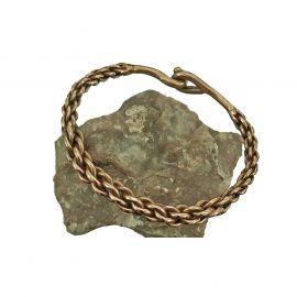 Geflochtener Armreif aus Bronze