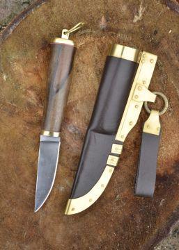 Wikingermesser mit Walnussgriff und Lederscheide