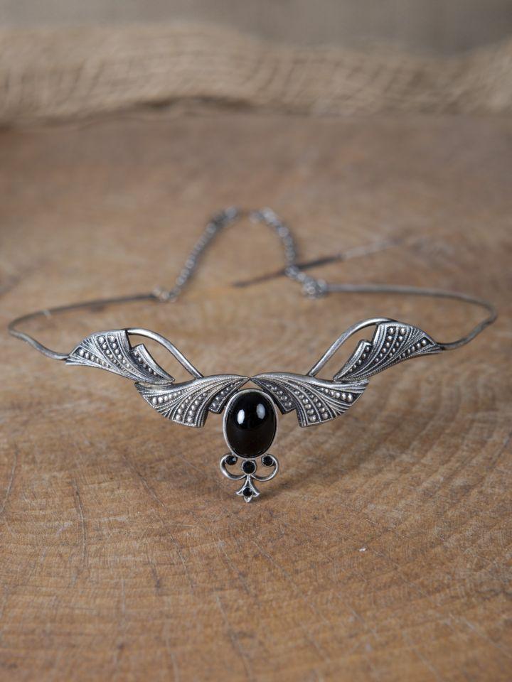 Edle Tiara mit Krönchen und schwarzem Stein