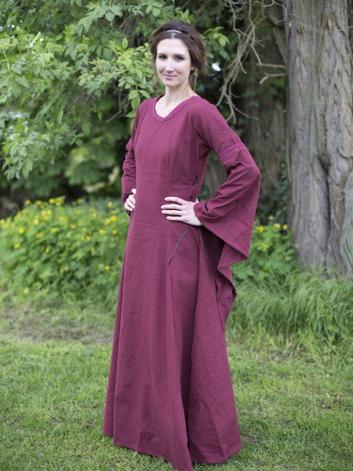 Edles Kleid mit Trompetenärmeln rot