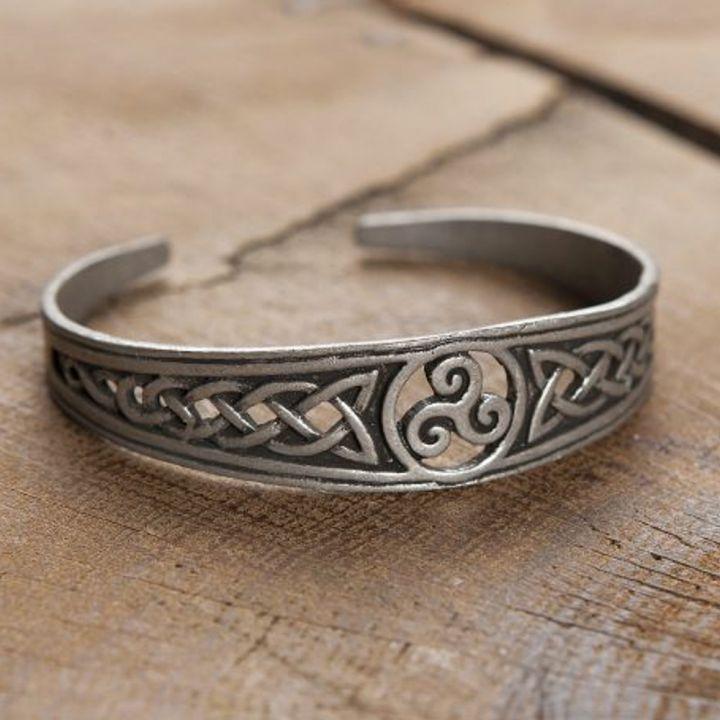 Keltischer Armreif - versilbert