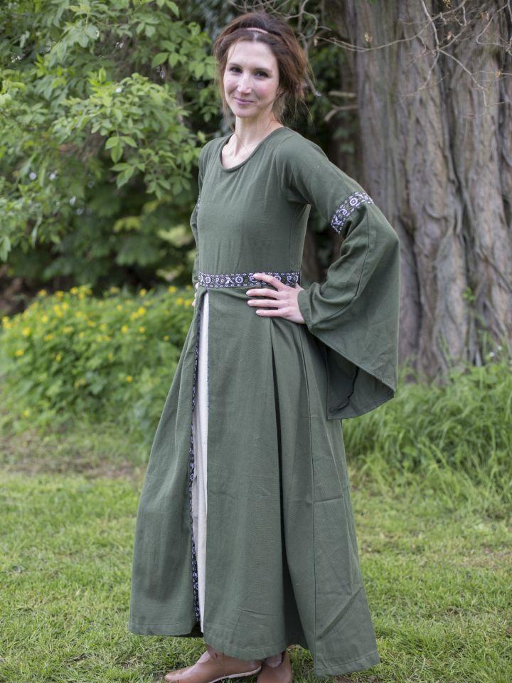 Herbstkleid in waldgrün