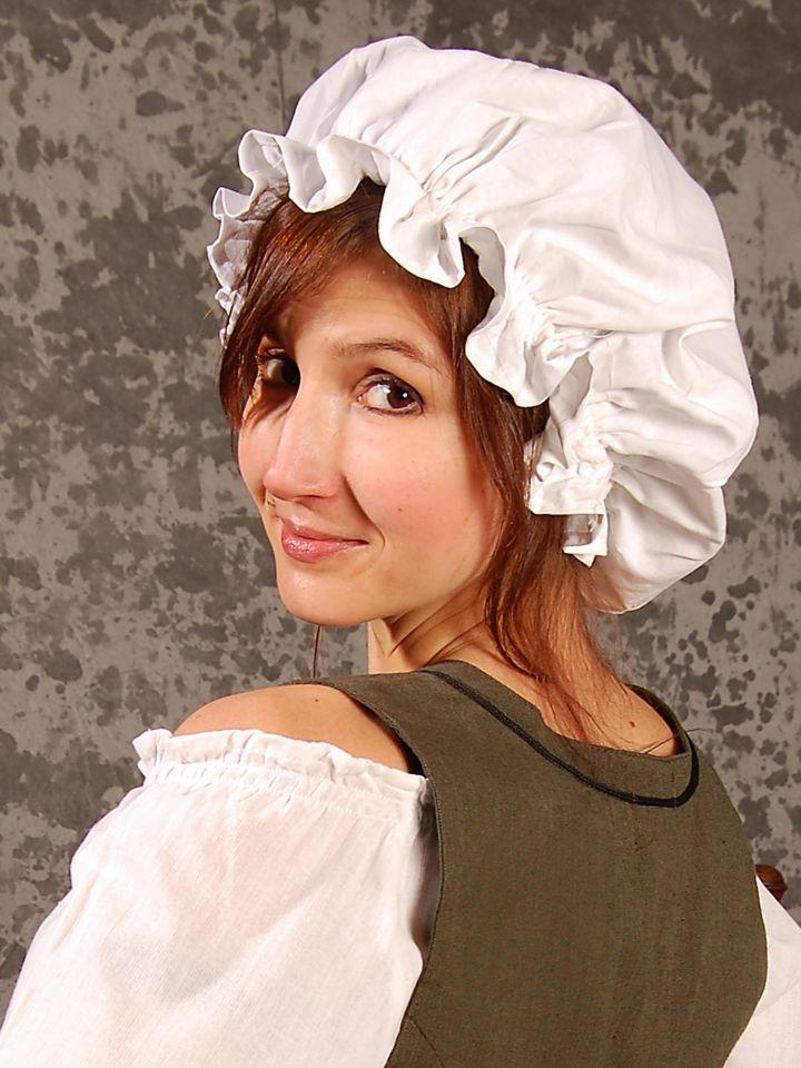 Haube für die Maid weiß