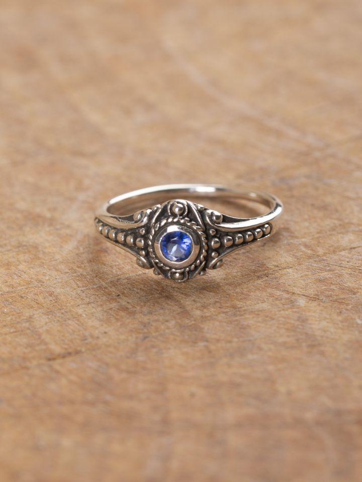 Wikinger-Silberring mit blauem Zirkonia