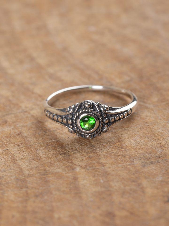 Wikinger-Silberring mit grünem Zirkonia 60