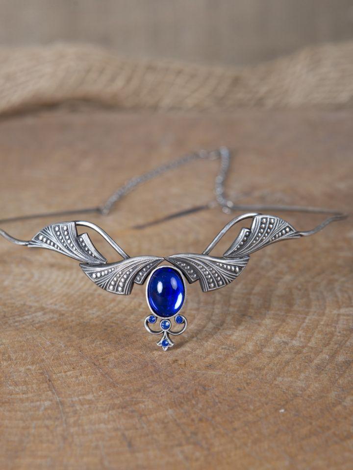 Edle Tiara mit Krönchen und blauem Stein