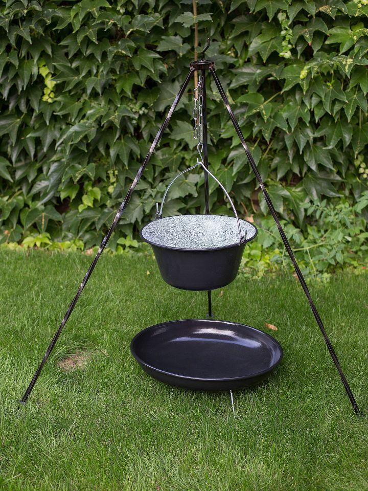 Feuerstelle - Feuerschale mit Dreibein und Topf