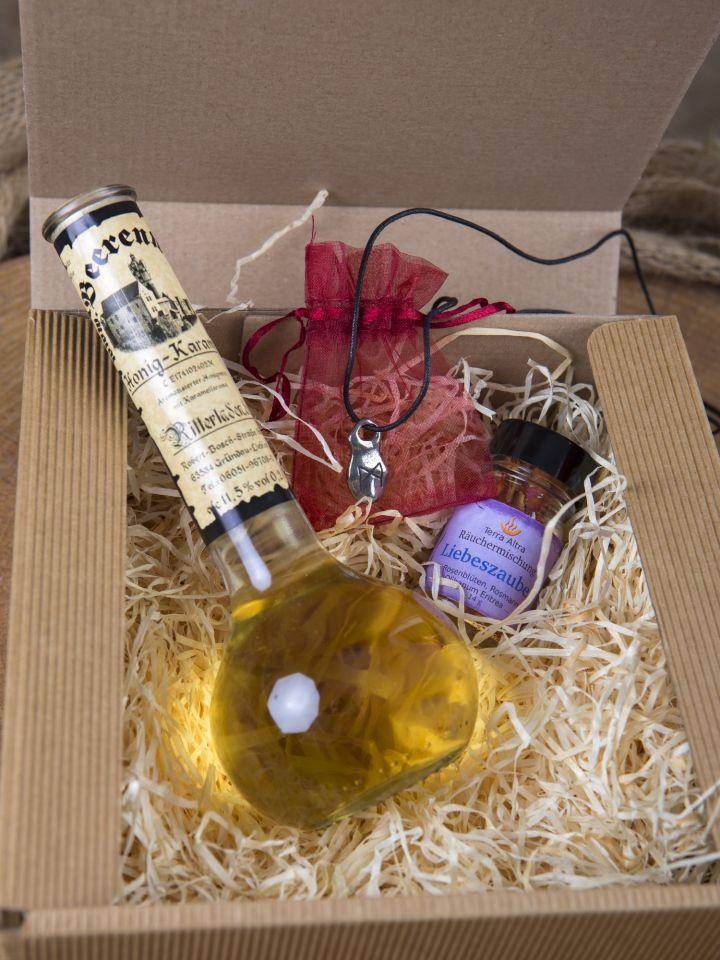 """Geschenkbox """"Liebesgrüße"""" mit Honig-Karamell-Wein klein"""