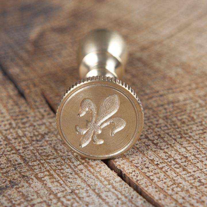 Kleines Siegel aus Messing