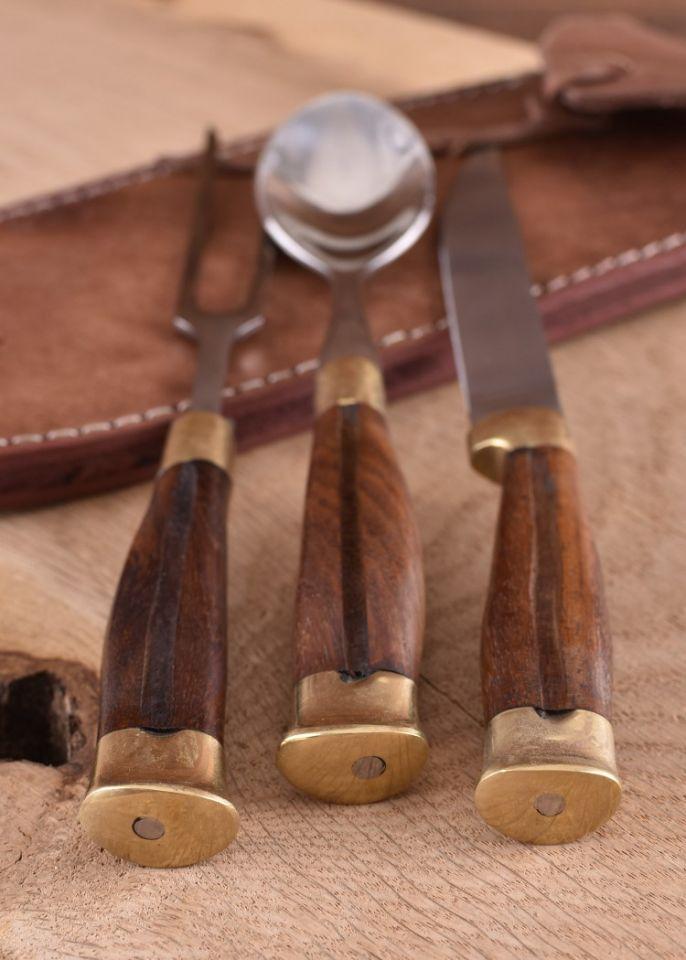 3-teiliges Mittelalterbesteck mit Holzgriff und Lederetui 2