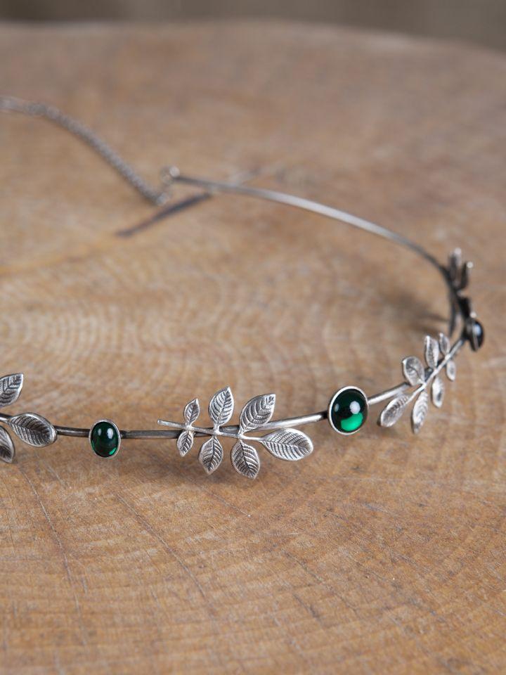 Diadem mit Zweigen und dunkelgrünen Schmucksteinen 2