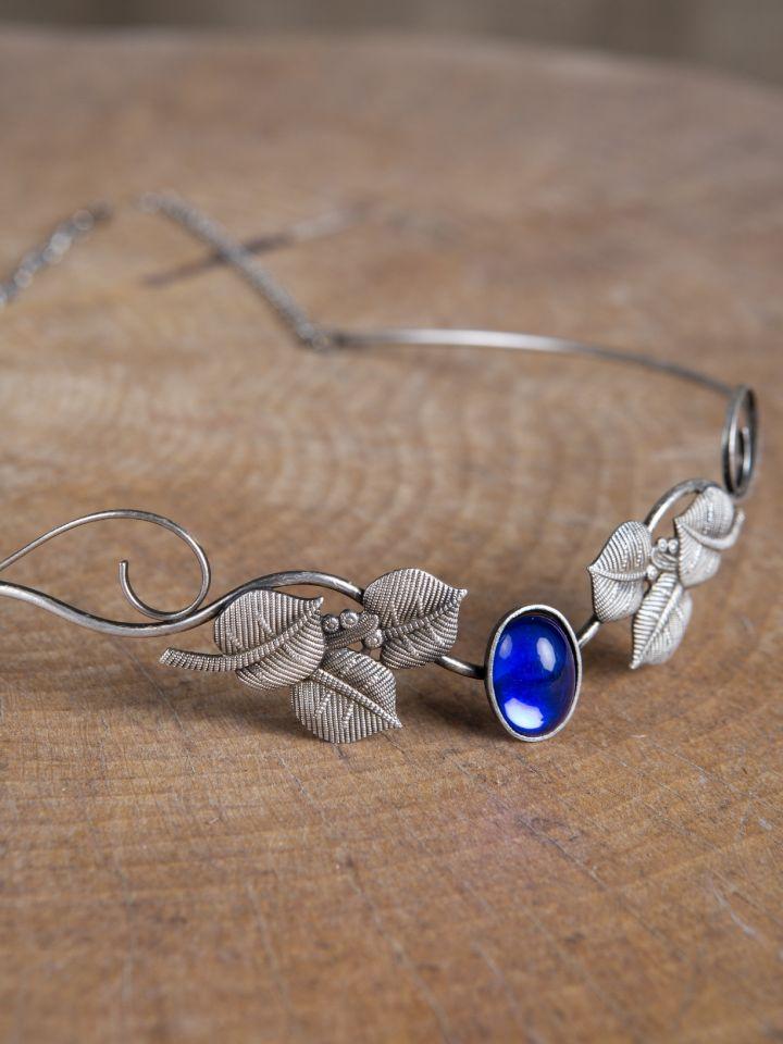 Tiara mit Blätter und blauem Schmuckstein 2