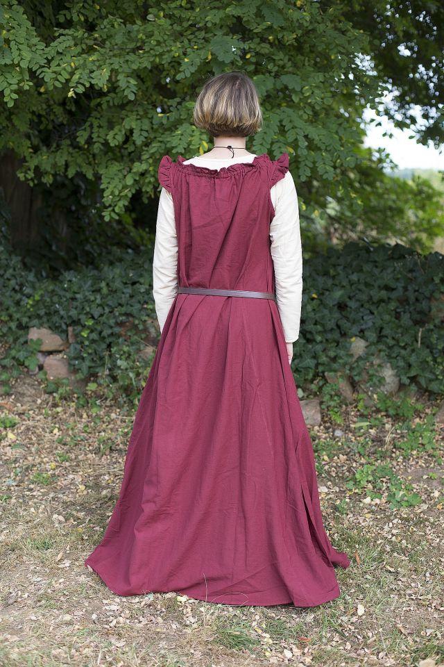 Ärmelloses Kleid mit Schulterrüsche weinrot 2
