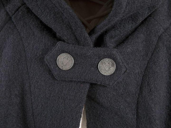 Umhang Walkloden in schwarz Länge ab Schulter 140 cm 2