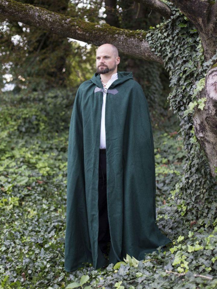 Wollumhang mit Drachenspange grün 131 cm 2