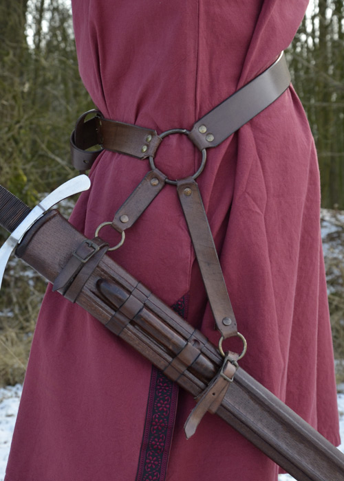 Schwertgürtel aus braunem Leder 2