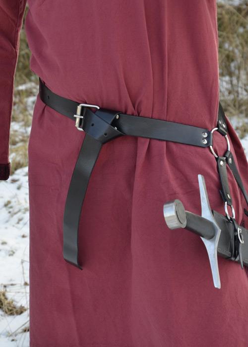 Schwertgürtel aus schwarzem Leder 2