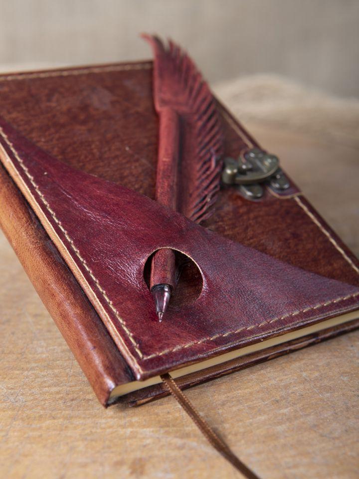 Lederbuch mit Federhalter rot, mittel 2