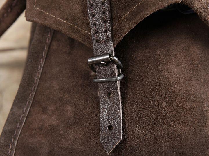 Braune Wildledertasche zum Umhängen 2