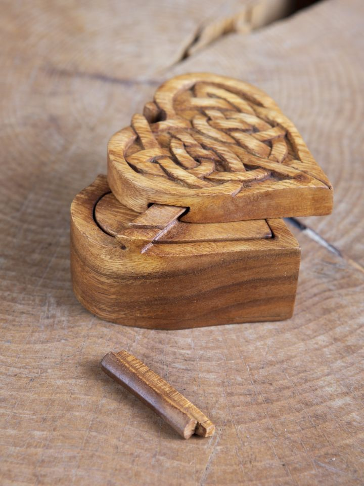 Holzdose Keltisches Herz 2