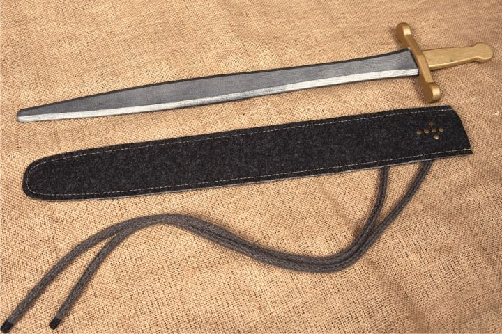 Ritterschwert mit Filzscheide 2