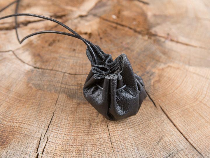 kleiner Lederbeutel in schwarz 2