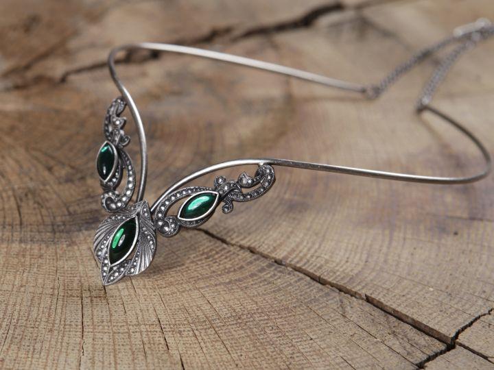Tiara - Diadem mit grünen Steinen 2