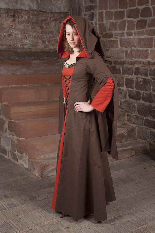 Mittelalterkleid Ketlin in braun-rot 2