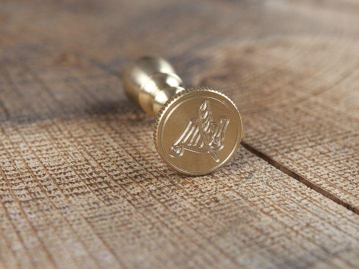 Kleines Siegel aus Messing 2