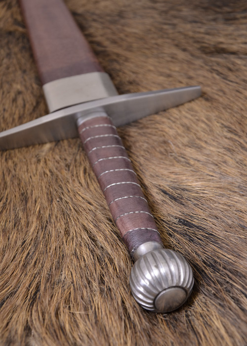 Langes Schwert mit Scheide 3