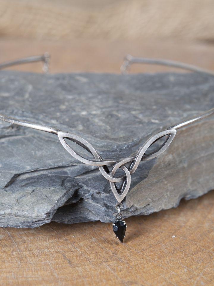 Tiara mit keltischem Geflecht und schwarzem Stein 3