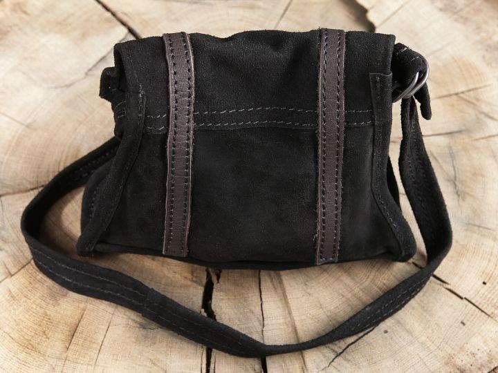 Schwarze Wildledertasche zum Umhängen 3