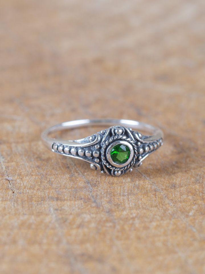 Wikinger-Silberring mit grünem Zirkonia 60 3