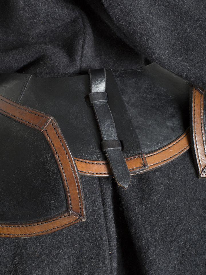 Lederschultern mit Kragen in schwarz/braun 3