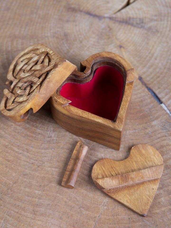 Holzdose Keltisches Herz 3