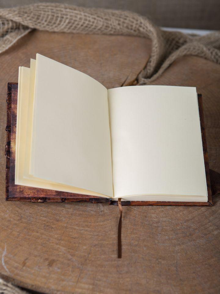 Lederbuch mit Federhalter braun, mittel 3