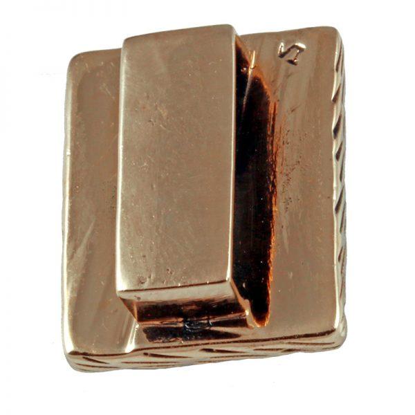 Rune HAGALAZ aus Bronze 3