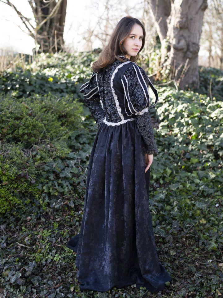 Tudorkleid schwarz 4